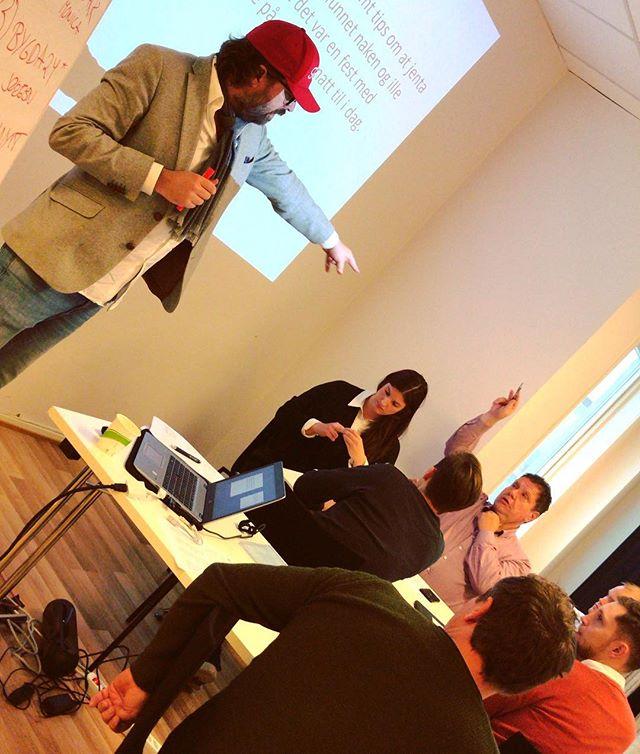 Etisk hardtrening med @badesken - en del av vårt kurstilbud #redaktørliv #nrkompetanse #badesken #presseetikk