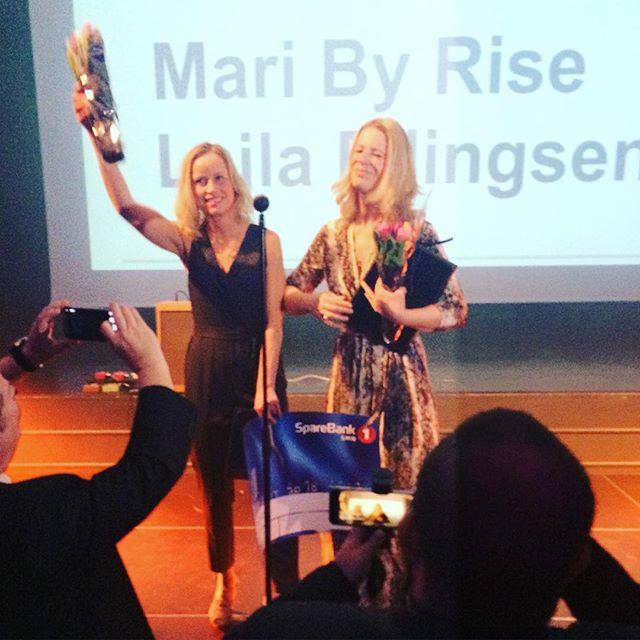 """Fortjent hederspris til @lajlaellingsen og @mbyrise for """"Gulltomtene"""" og for journalistikk i kjernen av samfunnsoppdraget over mange år. #hellkonfe..."""