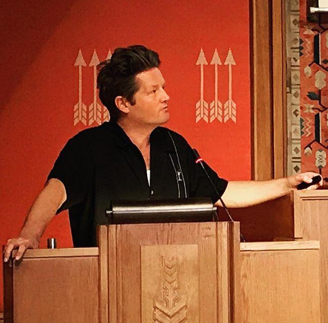 Gratulerer med honnør fra @frittord Simon Malkenes! Good timing siden du i dag deltar på konferanse om ytringsfrihet i Oslo-skolen i regi av @oslok...