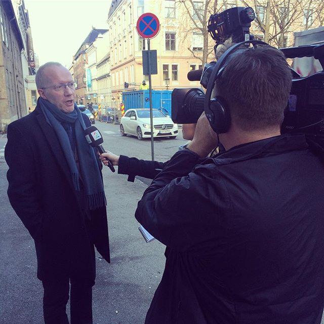 Nesten daglig blir vi bedt om å kommentere saker om fake news og tillit til mediene. Dette et @62arne sp@ uttalte seg til @tv2nyheter i går. #redak...