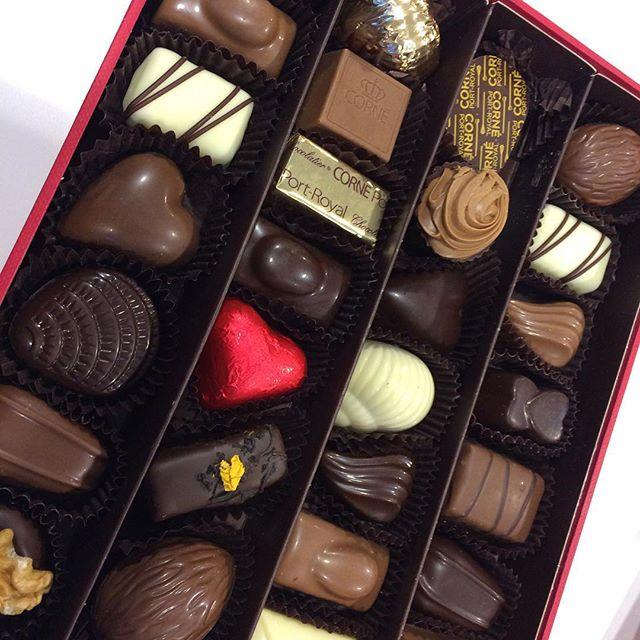 Redaktøren har vært i Brüssel, og kommer hjem med den lekreste konfekten.. (Han skal få lov til å reise flere ganger..) Godt det er fredag! God hel...