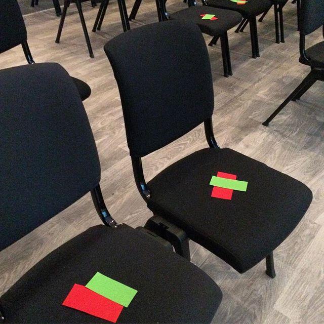 Straks klar for den  store etikktesten på #hellkonferansen #presseetikk @ingridnj @bodoreidun @norskpresseforbund