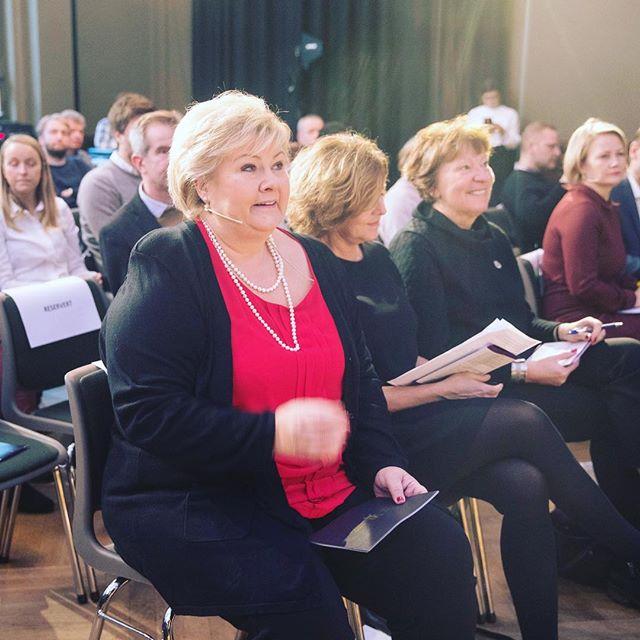 -Vi bør snakke i stykker hatefulle ytringer. Det bør være et fellesprosjekt i det norske samfunnet, sa @erna_solberg da hun  åpnet LDO-konferansen...